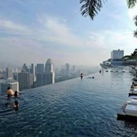 Marina Bay Sands Rooftop Pool & Skydeck