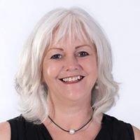 Bellarine Celebrant Sue Warner
