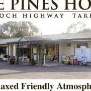 Pines Hotel Tarpeena