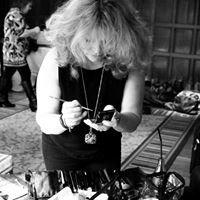 Donna Harper • Make Up Artist