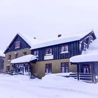 Bøverdalen Vandrerhjem & Camping