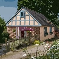 Holly Lodge self-catering cottage