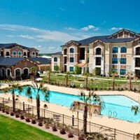 Dolce Living Burleson