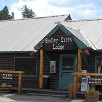 Smiley Creek Lodge