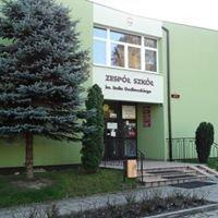 Zespół Szkół w  Piotrkowicach Małych