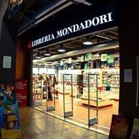 Libreria Mondadori Cinema Victoria