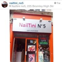 Nailtini No5