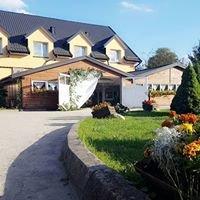 Karmuszka - Pensjonacik w Łopkajnach