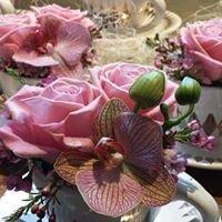 Tre Liljor Blommor & Inredning