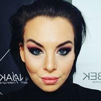 Karolina Jakubek - powiększanie ust i inne zabiegi estetyczne