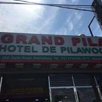 Grand Pila Hotel De Pilawoos