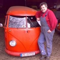 Bullisammler /  Dem Raana sein VW-Shop
