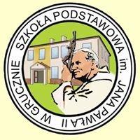 Szkoła Podstawowa im. Jana Pawła II w Grucznie