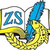 Zespół Szkół w Sierakowie