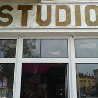 """""""Studio"""""""