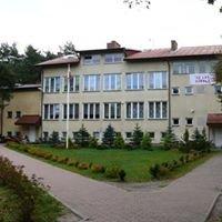 Zespół Szkół w Ostrówku