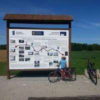 Ścieżka rowerowa na szlaku zwiniętych torów Swarzewo - Krokowa.