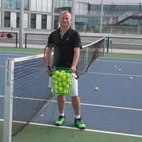 Trener Tenisa Tomasz Sarnecki