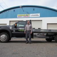 Mike's Auto & Towing
