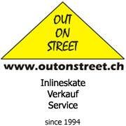 Inlineskate Out On Street