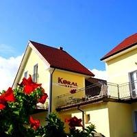 Domki & Apartamenty 80 m od morza. koral-sarbinowo.pl