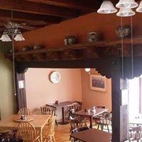 Amizette Inn & Restaurant