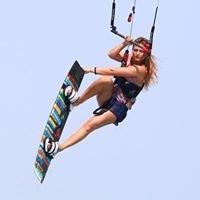 Nora Groos Kiteboarding