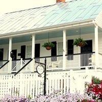 White Turpin House B&B
