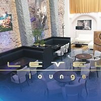 Level lounge & cafe