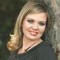 Tami Ramzinski, Financial Services Professional