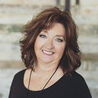 Kari Kippen Realtor  -Ensley Team Five Star Real Estate Leaders