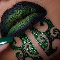 Makeup & Hair Stylist by Sandy Tau