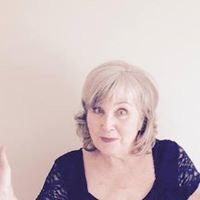 Susie Roberts: Marriage Celebrant