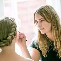 Maria Østergaard Hair & makeup artist