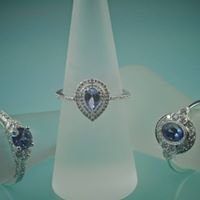 Magenta Creative Jewellery