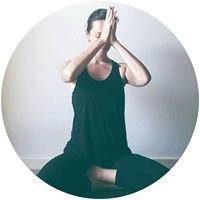 CHAYA Yoga & Social Media