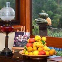 Peppermint Lane Lodge Bed & Breakfast, Ferguson Valley