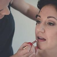 Kiss & Makeup by Rachel Bray
