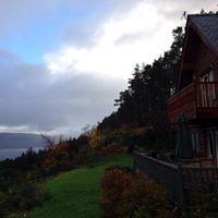 Lodges on Loch Ness