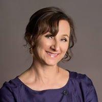 Melanie Vezey Communication / Wedding Celebrant / Speech Coach