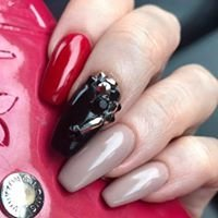 Savvy Nails