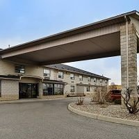 Lexington Inn & Suites - Windsor on Canada