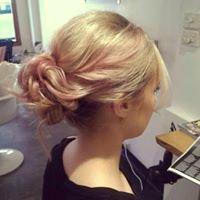 Colour Pony: Hair Colour Bar
