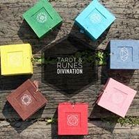 Tarot & Runes Divination