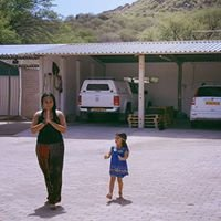 Nia Okahandja with Sarika