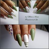 Aly nails