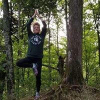 Debbie Lonick -200 RYT Yoga Alliance Teacher/ ACE-Certified Life Coach