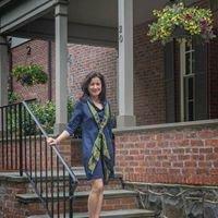 Stephanie Mallios, Realtor-Salesperson