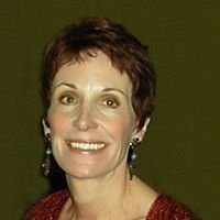 Cindy  McLaughlin - Kelly Associates Real Estate