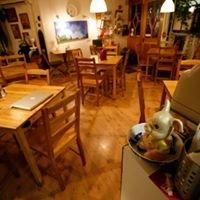 Cedars cafe